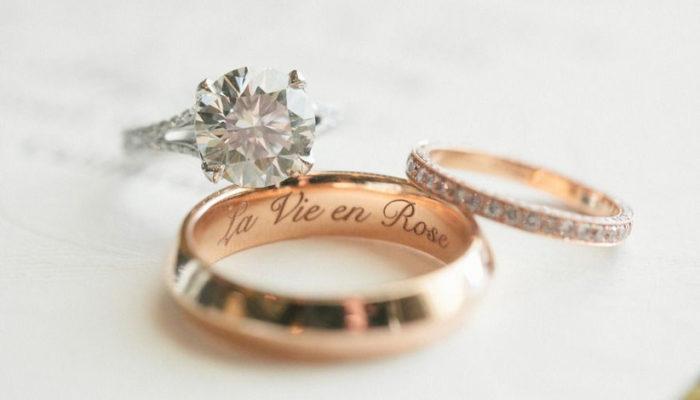 Gravírování na snubní prsteny? Poradíme vám několik tipů a nápadů